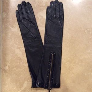 Accessories - NWT genuine leather ladies gloves 15' long M